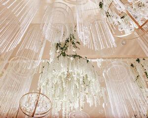 23 idées de lustres à fleurs pour décorer votre lieu